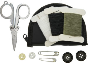 Bushcraft Sewing Kit In Zipped Pouch