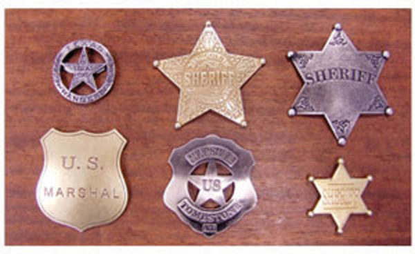 Denix Set of 6 Badges with Plaque